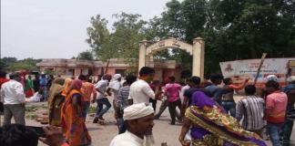 झुंझुंनू में नाबालिग के अपहरण के मामले में ग्रामीणों ने थाने पर किया पथराव