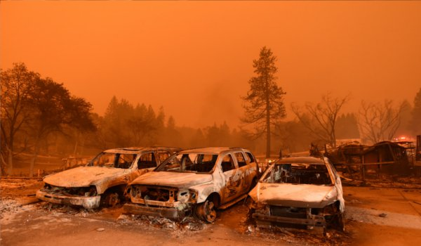 California wildfires : nine dead and more than 150000 evacuated