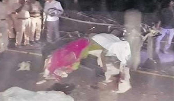 seven killed as Tanker hit a tempo in Barmer