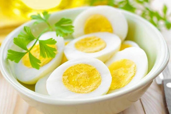 benefits of consuming eggs in winter in hindi