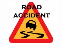 Three dead, four injured in an ambulance and car collision in Kongara