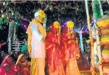 bride married to two brides unique wedding in Bastar