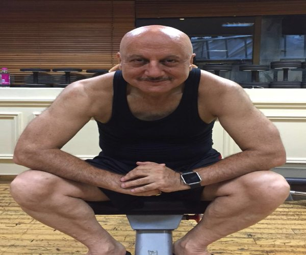 64 year old Anupam Kher is sweating in the gym, pronounce 'Om Namah Shivay' while raising weights