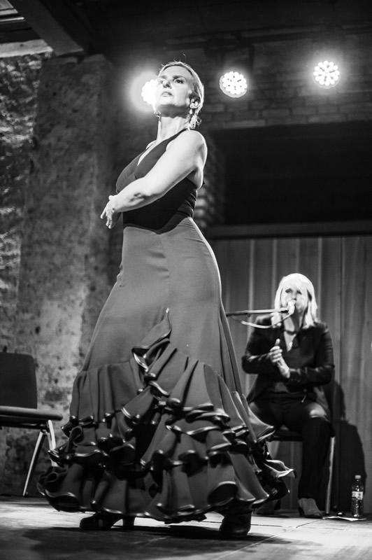 Sabine Maria Leitner Auftritt mit Sängerin
