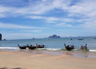 beach ao nang krabi thaliand