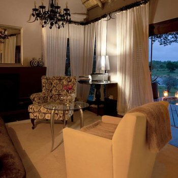 Chitwa Chitwa Game Lodge Living Room Accommodation