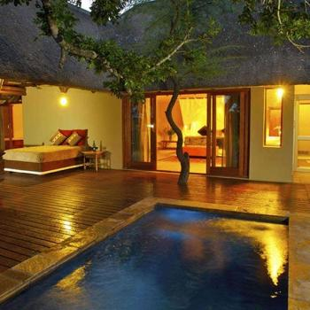 Elephant Plains Game Lodge Swimming Pool