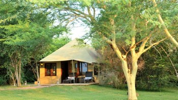 Savanna Private Game Lodge Luxury Suite