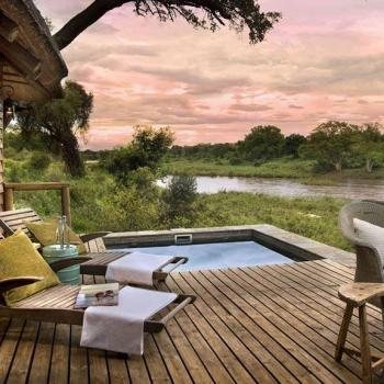 Narina Lodge Accommodation Luxury Suites Deck Pool