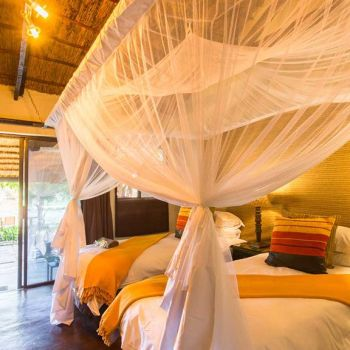 Umkumbe Safari Lodge Standard Room