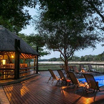 Umkumbe Safari lodge Swimming Pool