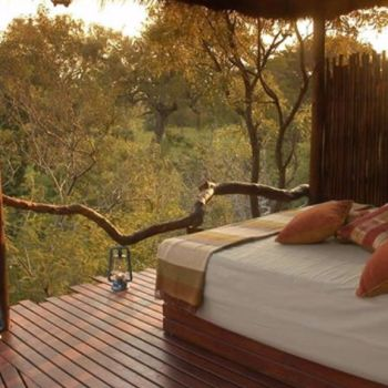 Simbambili Game Lodge Deck Bed