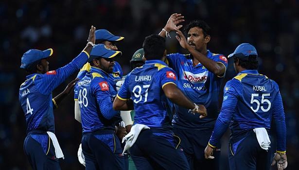4th-odi-match-sri-lanka-win-by-3-runs-in-south-africa-and-sri-lanka-match