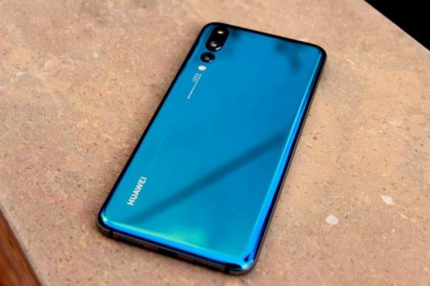 Huawei's Powerful Smartphone - The price cut by 15,000