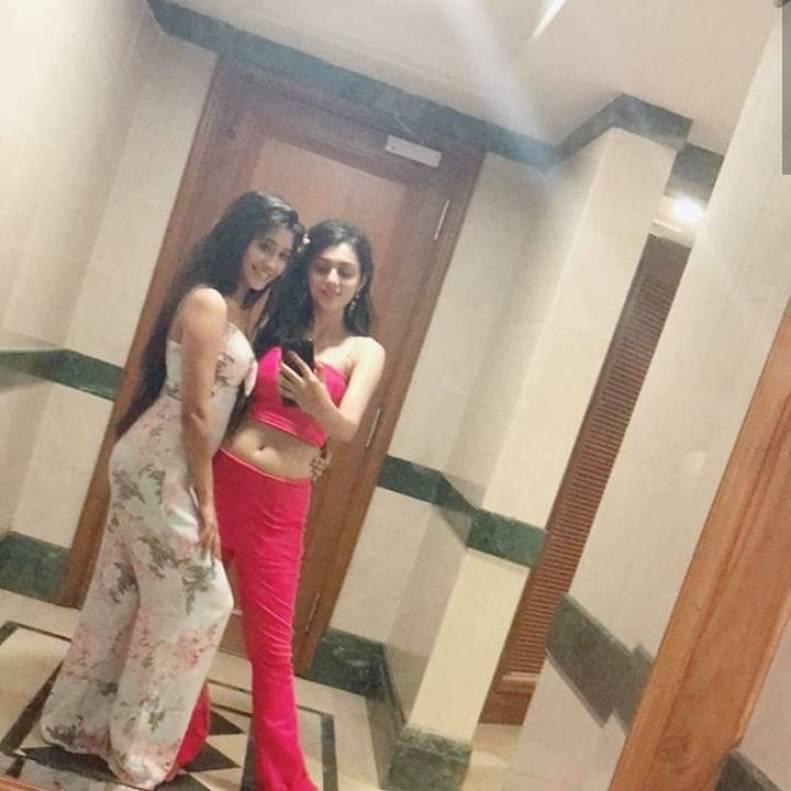 View the viral photos of serial Radhakrishna's actress coming to TV