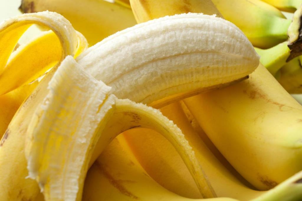 Know how many bananas should eat in a day and why bananas should be eaten