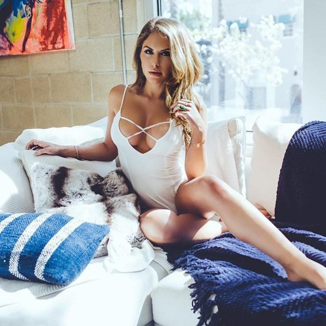 brittney palmer hot model instagram