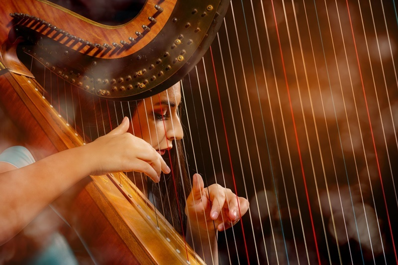 harpa-instrumento-som-cordas