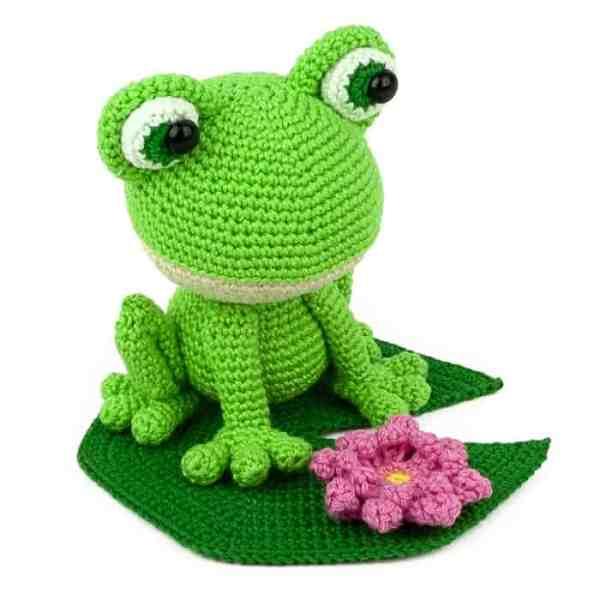Crochet pattern Verdi the Frog - Amigurumi