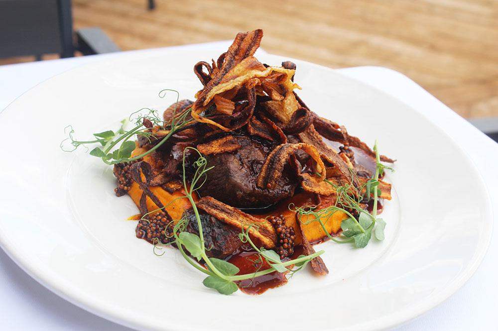 pièce de viande que vous pouvez déguster au restaurant de l'hôtel Sacacomie