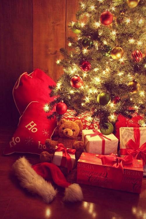 Christmas presents [Image credit]