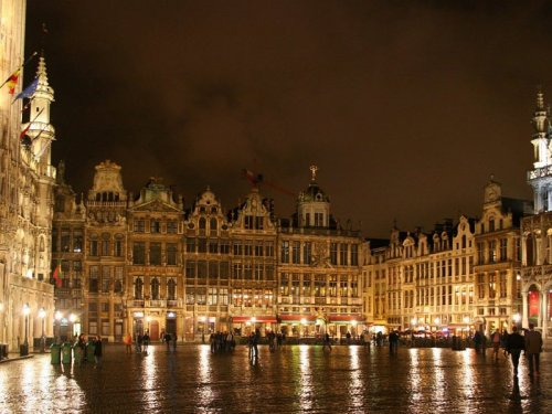 bruxelles at night, brussels at night, belgium, what to do in brussels, grand place