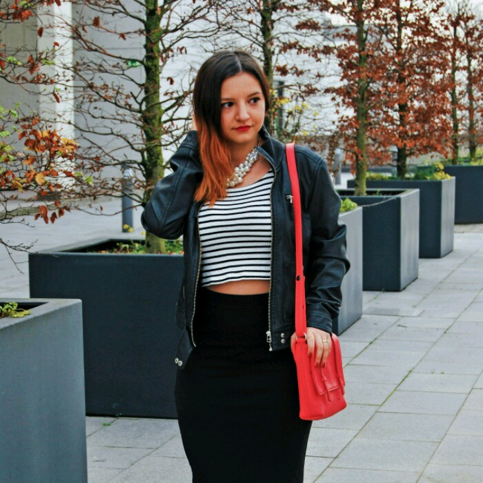 Outfit: Striped Crop Top