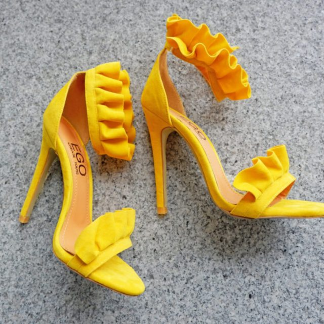 irresistible summer shoes bold heeled sandals