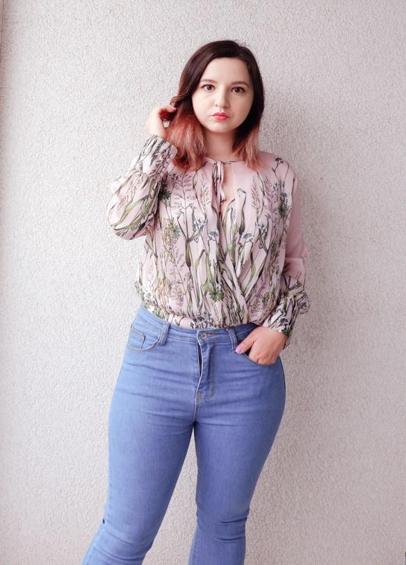 summer outfit with pastels 3