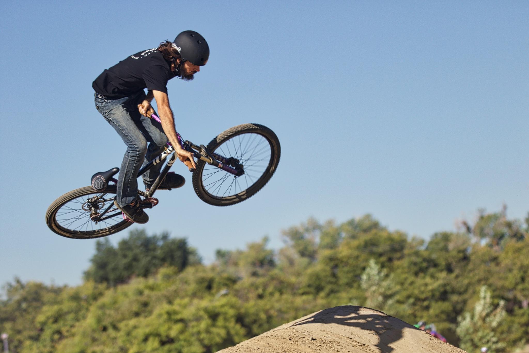 New Sacramento Bike Park Off to Flying Halloween Start via @sacramentopress