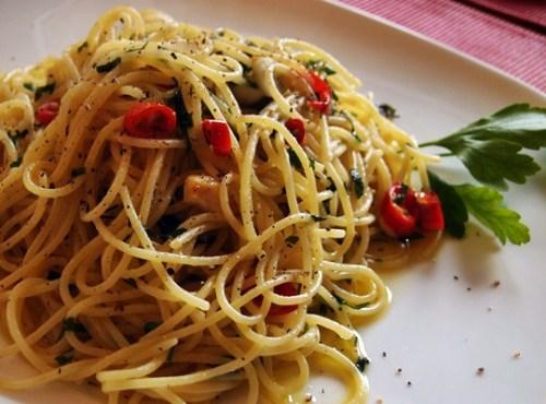 Frank's Amici: Spaghetti Poverino
