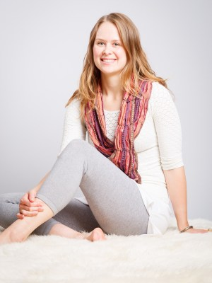 Lisa Borin Miller, Akalmeet