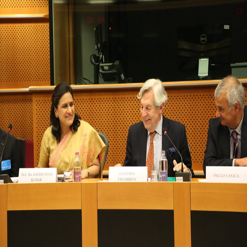 , PRESS RELEASE 'South Asia at the Crossroads: Connectivity, Security and Sustainable Development'