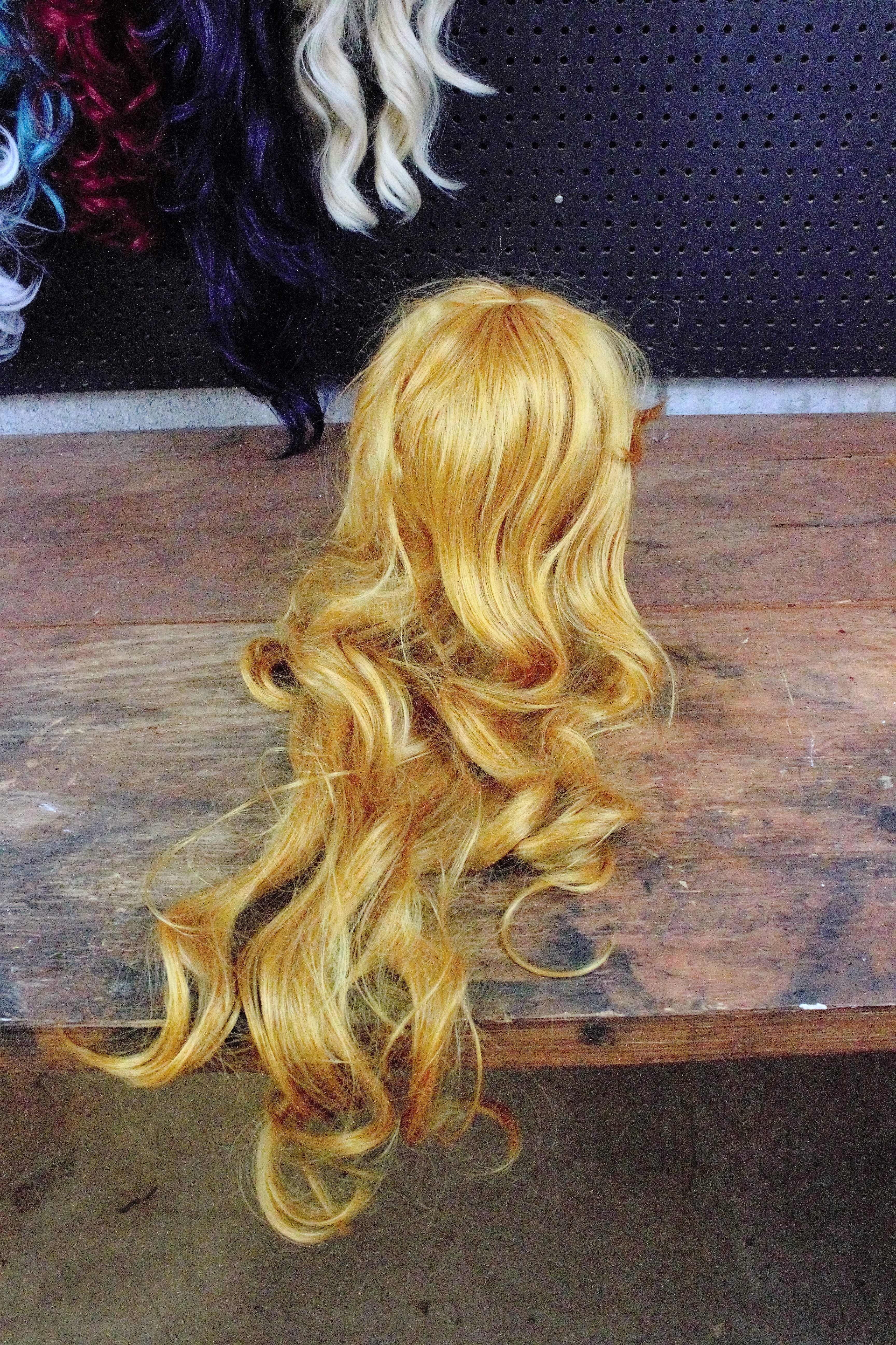 Silicone Spray for Detangling Wigs - Sadie by Design