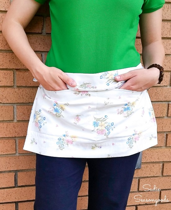 Making a half apron with a ribbon belt and pillow case