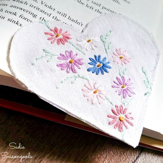 DIY Corner Bookmarks from Embroidered Linens