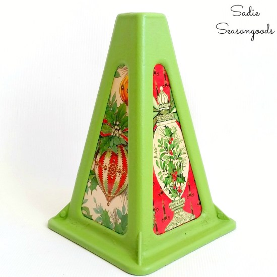 Vintage Christmas decorations with a camper jack as a Christmas lantern with Xmas wrapping paper