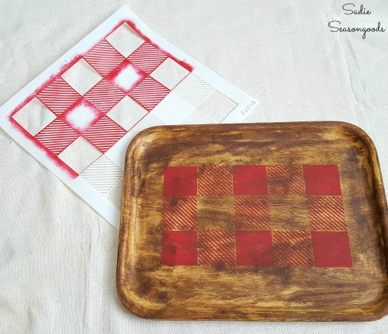 Pinterest Fail on a wood tray with trying to create the Buffalo plaid decor with a vinyl stencil on a wooden tray