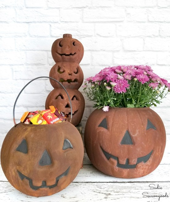Upcycling the plastic pumpkins as rustic Halloween decor