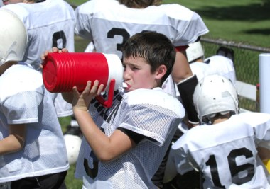 Heat-related illness in youth sports