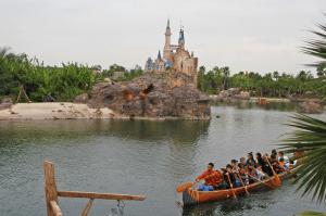 Shanghai Disney Resort (Halloween)