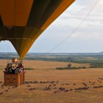 A safari balloon has a 'cockpit' for the pilot and 4 compartments for the passengers