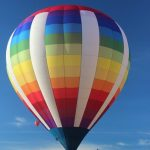 Children who go on ballooning must have a minimum height of 1.1 m but infants are not permitted