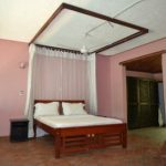 Fitted with ceiling fan and mosquito net, dressing area and shower bathroom