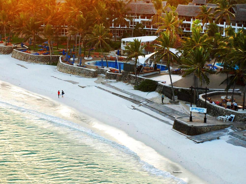 Watamu beach_hemmingways site