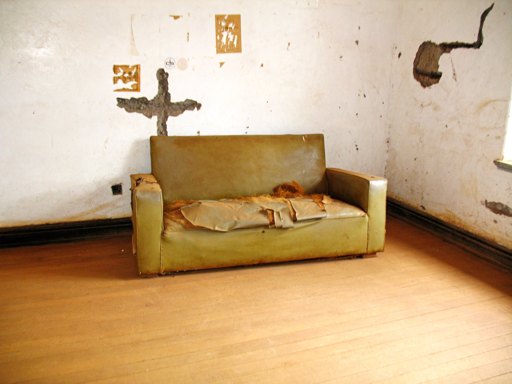 MacMillan Castle_ couch