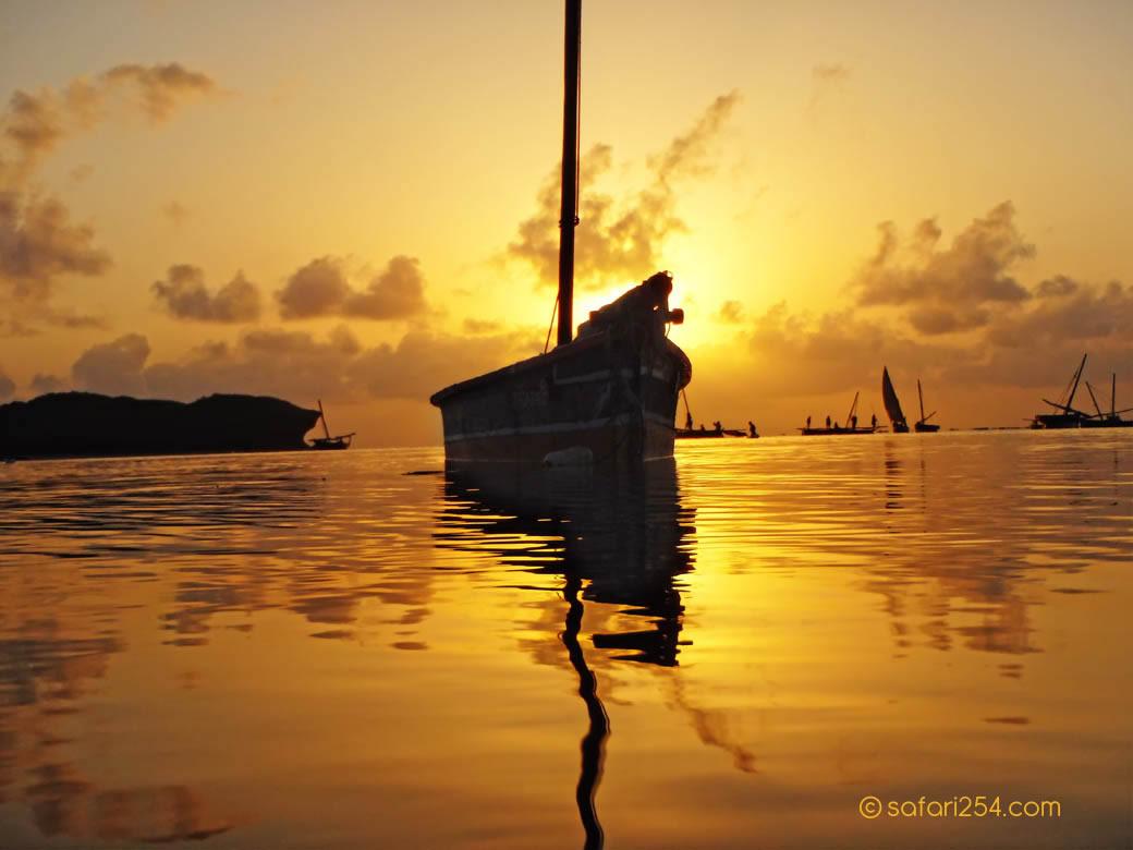 Watamu Beach_touch of gold10