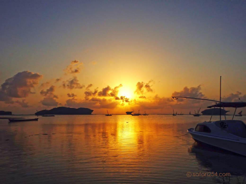 Watamu Beach_touch of gold12