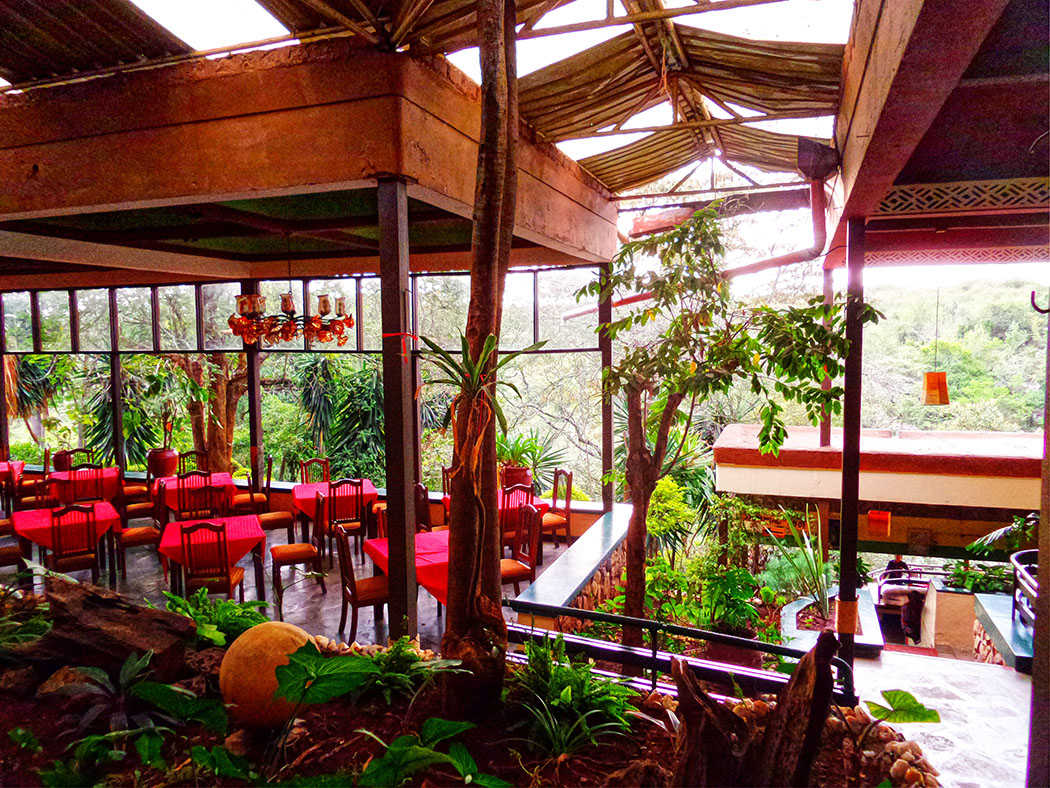Masai Lodge_restaurant3