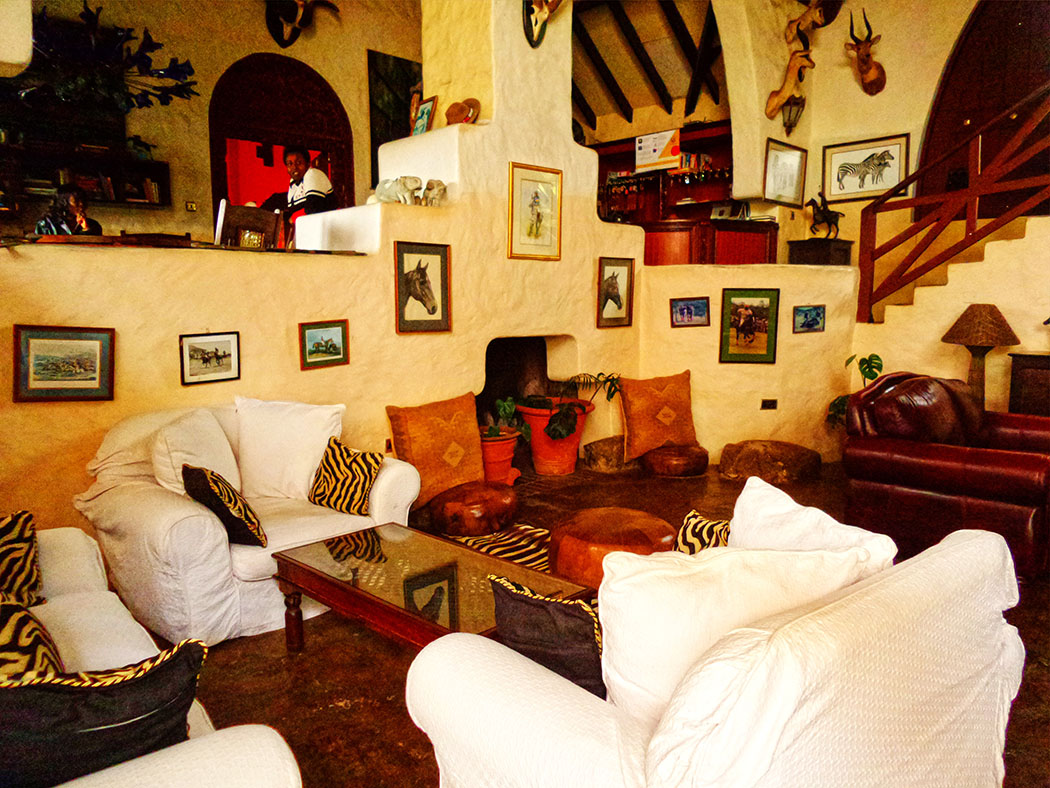 Rolf's Place_Interior1